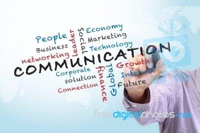 Cómo debe vender un Community Manager